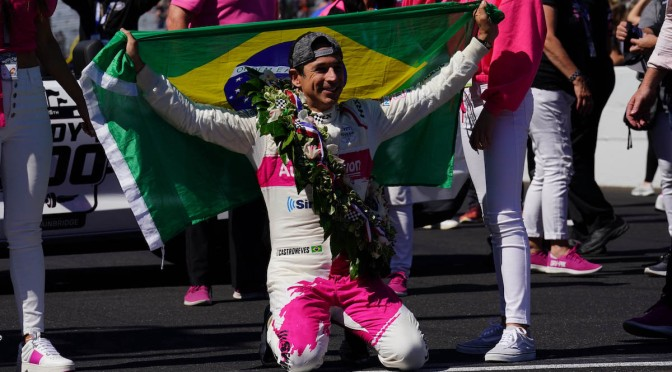 Castroneves obtiene $1'828,305 por victoria en Indy 500