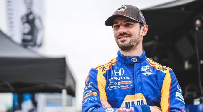Rossi impone ritmo en Práctica 1 en IMS