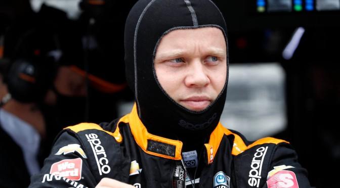 Rosenqvist sufre accidente violento en Detroit 1